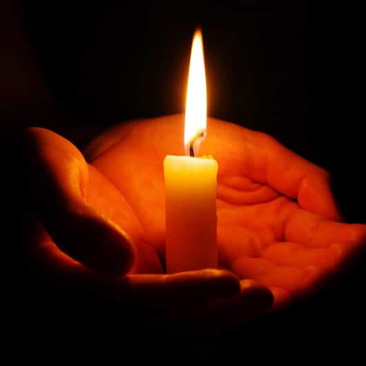 A la luz de una vela hay increíbles pequeños milagros